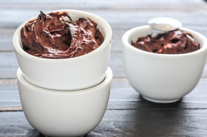 mousse-chocolate-y-aguacate